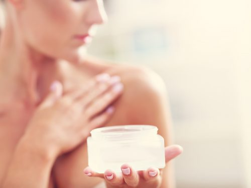 هل زيت السمسم مفيد للصدر و يساعد على تكبير و شد الصدر ؟ الإجابة هنا :
